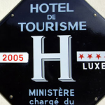 Voyageur Attitude  Plaque Bleue Hotel