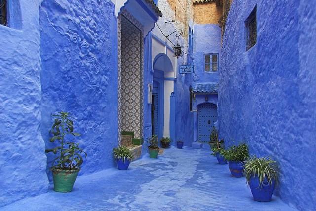 chefchaouen maison bleu voyageur attitudee