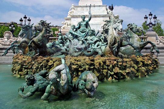 le-monument-aux-girondins