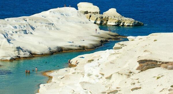 playa-de-Sarakiniko-Grecia