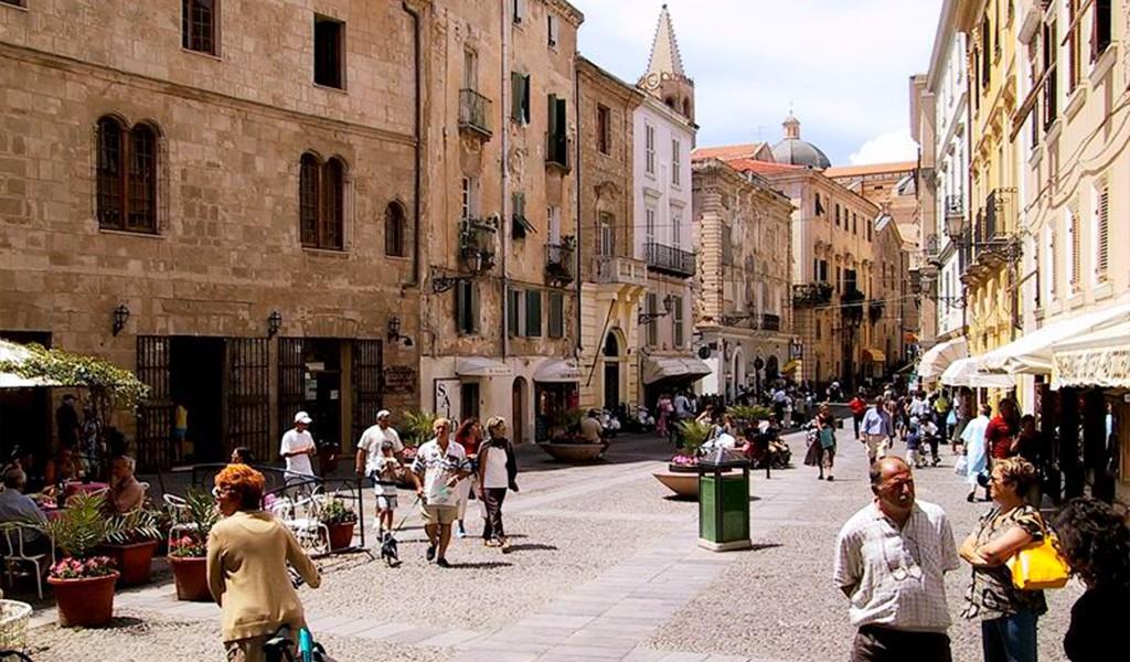 alghero-piazza-civica