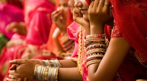 Femmes en sari  (Inde)